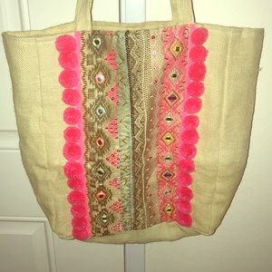 Beach tote w pink pompoms & white linen forever 21